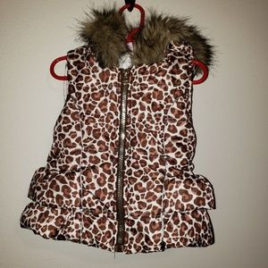 Sleeveless Puffer Vest with faux fur hood lining